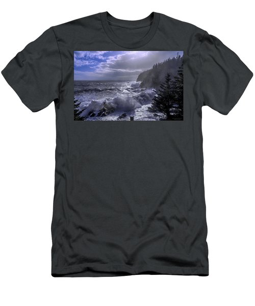 Storm Lifting At Gulliver's Hole Men's T-Shirt (Athletic Fit)