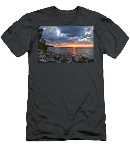 Sundown Bay Men's T-Shirt (Athletic Fit)