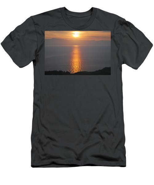 Sunrise Erikousa 1 Men's T-Shirt (Athletic Fit)