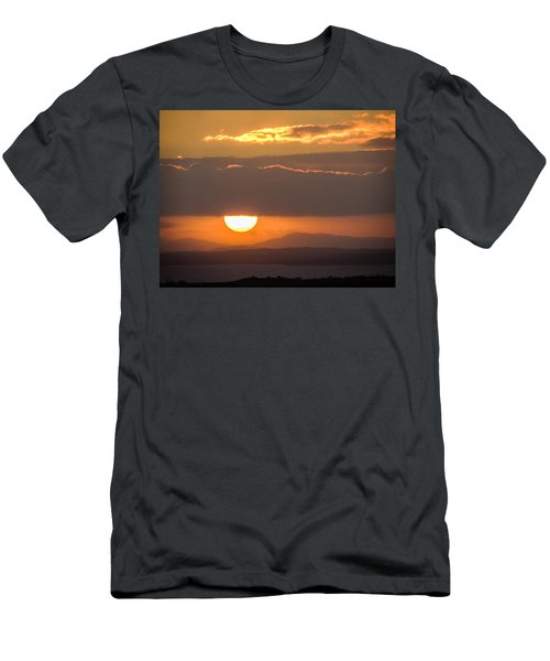 Sunrise Over River Shannon Men's T-Shirt (Athletic Fit)