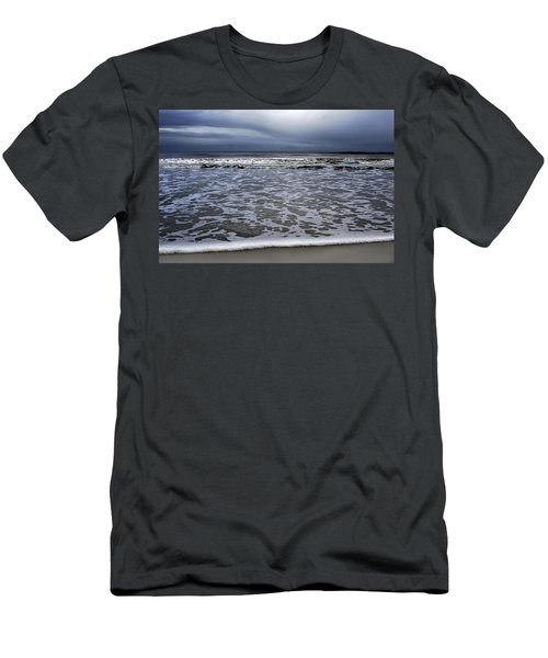Surf And Beach Men's T-Shirt (Athletic Fit)