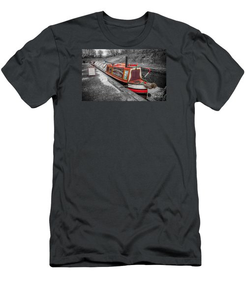 Swallow Canal Boat Men's T-Shirt (Athletic Fit)