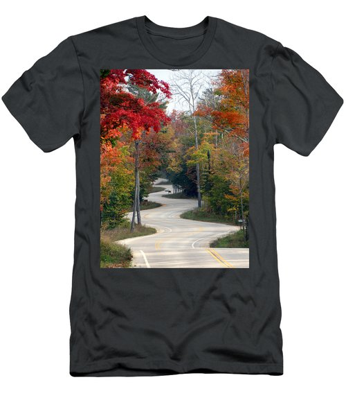 Swervy Road At North Port Men's T-Shirt (Athletic Fit)