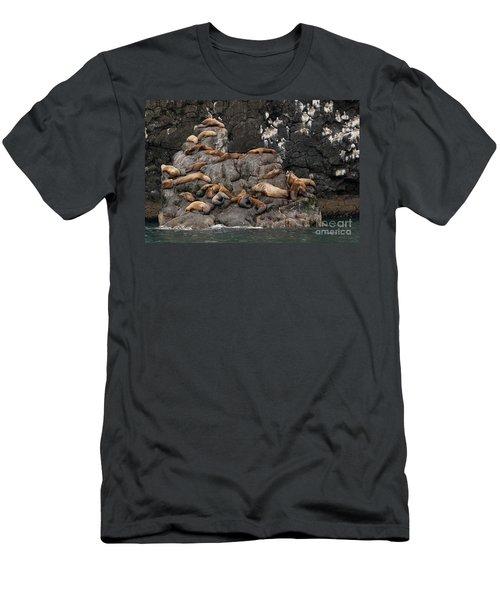 Takin' It Easy Men's T-Shirt (Slim Fit)