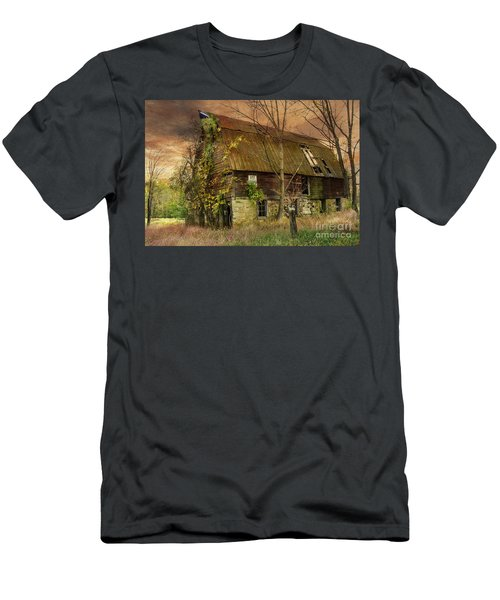 The Abandoned Barn Men's T-Shirt (Athletic Fit)