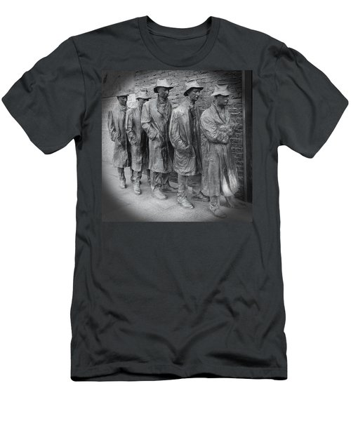 The Breadline Bw - Fdr Memorial Men's T-Shirt (Athletic Fit)