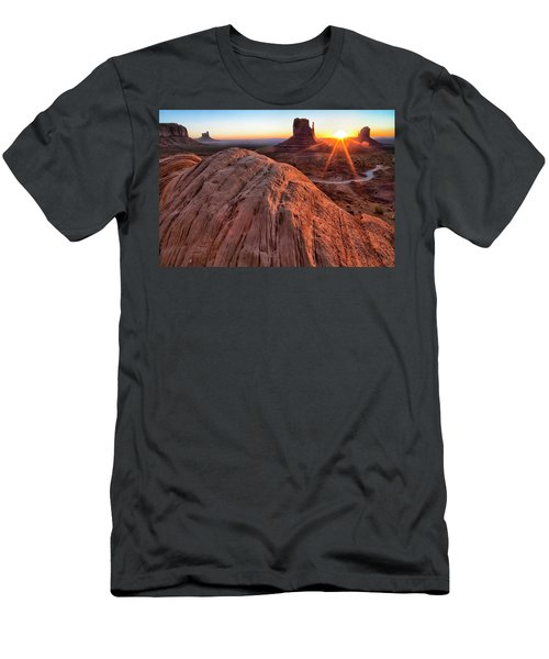 The East And West Mitten Buttes Men's T-Shirt (Athletic Fit)