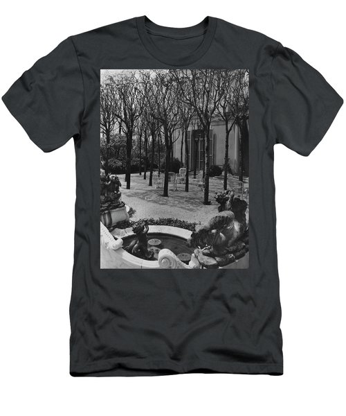The Garden Of A Home In Meridian Hill Men's T-Shirt (Athletic Fit)