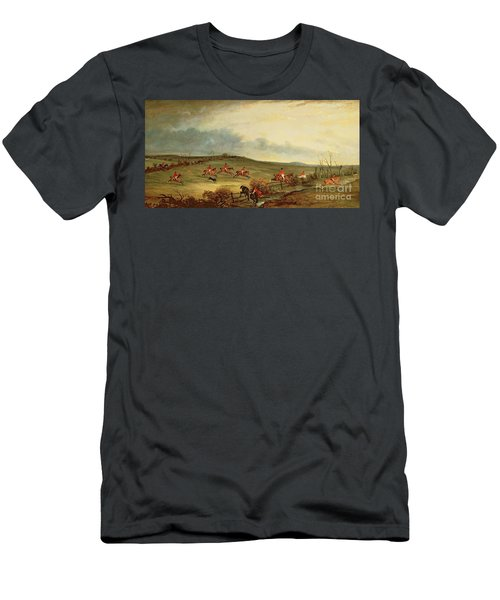 The Quorn In Full Cry Near Tiptoe Hill Men's T-Shirt (Athletic Fit)
