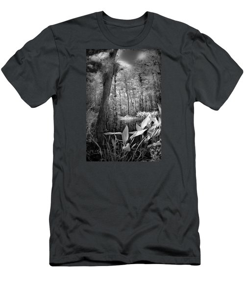 Men's T-Shirt (Slim Fit) featuring the photograph The Strand by Bradley R Youngberg