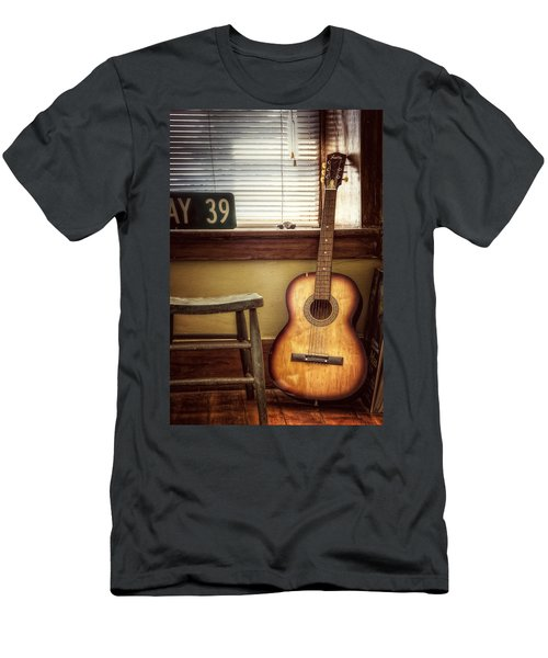 This Old Guitar Men's T-Shirt (Athletic Fit)