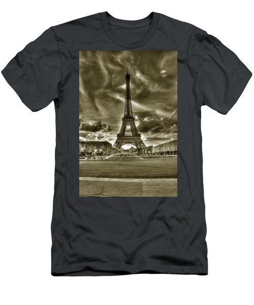 Tour Eiffel  Men's T-Shirt (Athletic Fit)