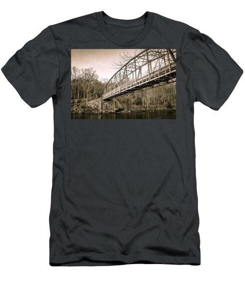 Town Bridge Collinsville Connecticut Men's T-Shirt (Athletic Fit)