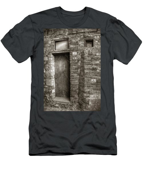 Tuscan Doorway Men's T-Shirt (Athletic Fit)