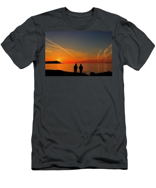 Two Friends Enjoying A Sunset Men's T-Shirt (Athletic Fit)
