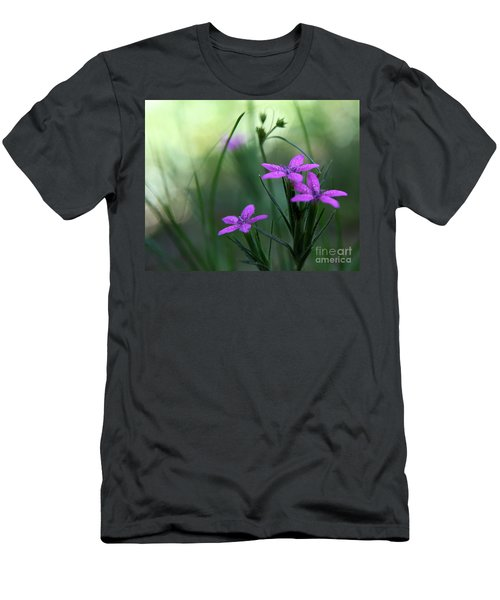 Ultra Violet Men's T-Shirt (Slim Fit)