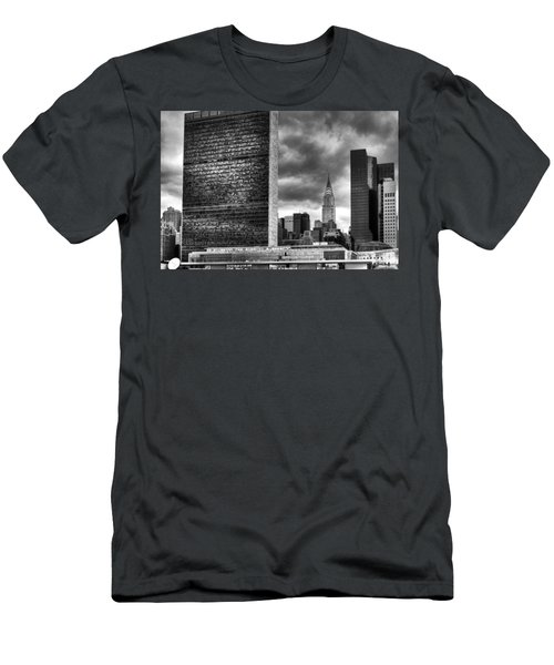 United Nations And Chrysler Building Men's T-Shirt (Athletic Fit)