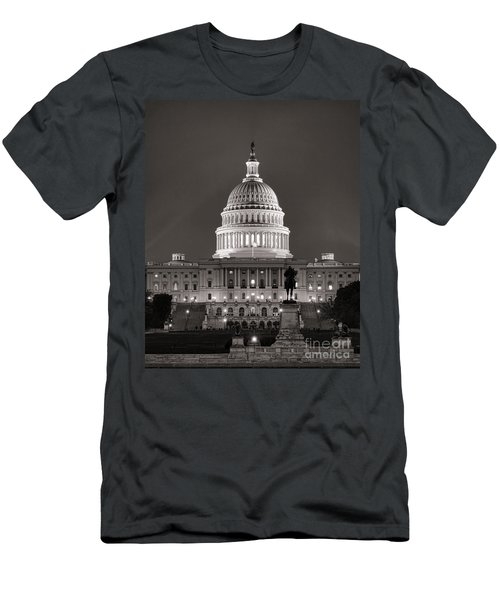 United States Capitol At Night Men's T-Shirt (Athletic Fit)