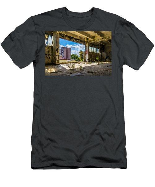 Urban Cave Men's T-Shirt (Athletic Fit)