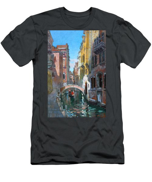 Venice Italy Men's T-Shirt (Athletic Fit)