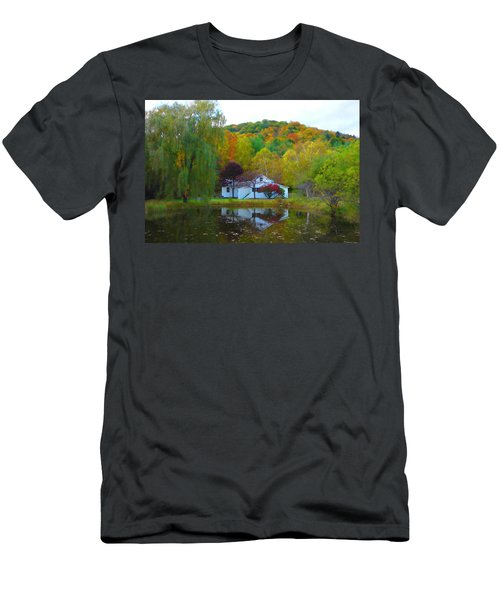 Vermont House In Full Autumn Men's T-Shirt (Athletic Fit)