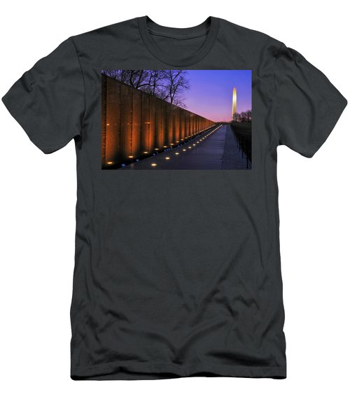 Vietnam Veterans Memorial At Sunset Men's T-Shirt (Slim Fit) by Pixabay