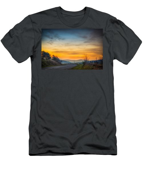 View Over Llyn Celyn Towards Bala Men's T-Shirt (Athletic Fit)