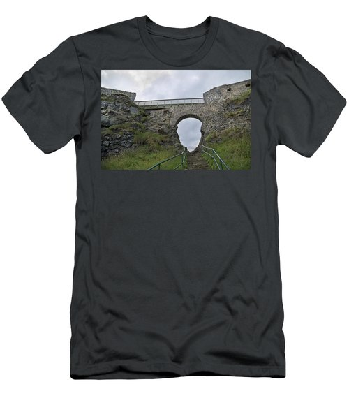 View To Heaven Ireland Men's T-Shirt (Athletic Fit)