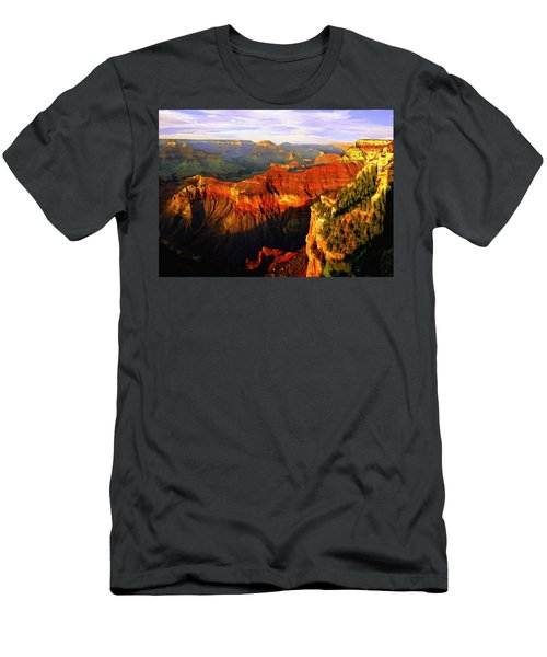 View - Yavapai Point Men's T-Shirt (Athletic Fit)