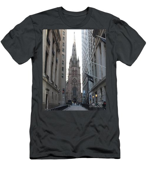 Wall Street Leading To Trinity Church Men's T-Shirt (Athletic Fit)