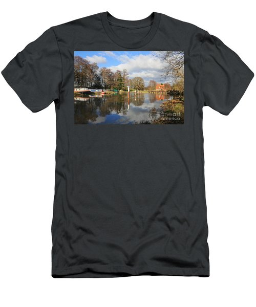Wey Canal Surrey England Uk Men's T-Shirt (Athletic Fit)