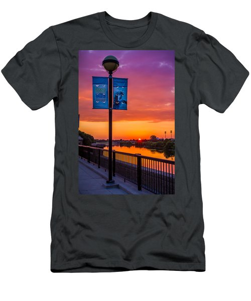 White River Sunset Men's T-Shirt (Athletic Fit)