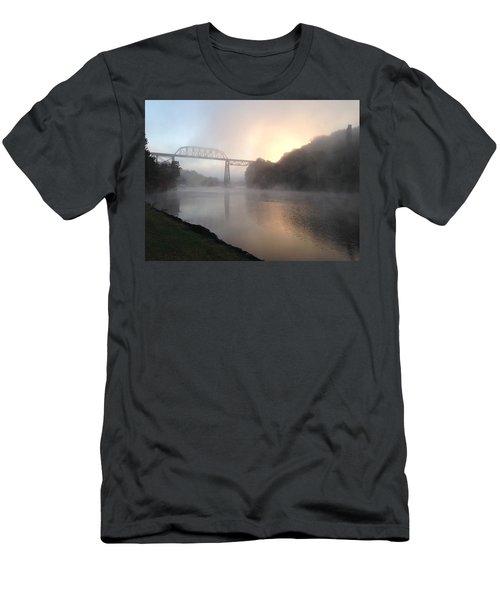 Wilbur Csx Railroad Bridge Men's T-Shirt (Athletic Fit)