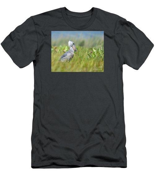 Wild Shoebill Balaeniceps Rex  Men's T-Shirt (Athletic Fit)