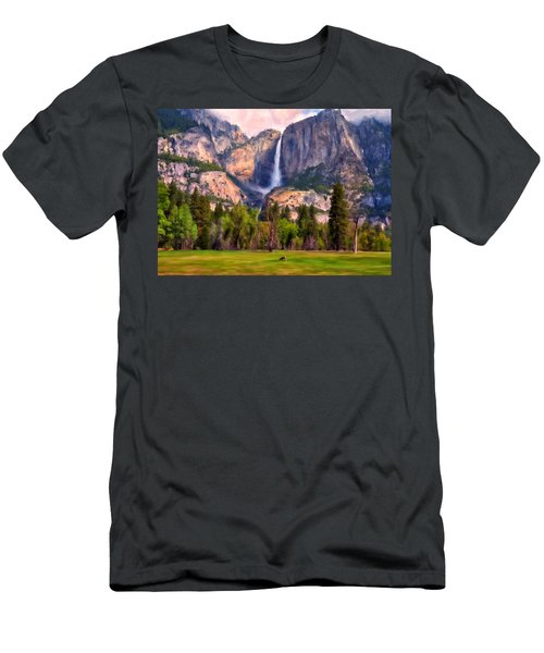Yosemite Falls Men's T-Shirt (Athletic Fit)