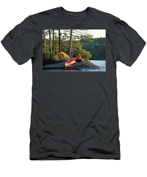 Young Couple Camp On Island With Canoe Men's T-Shirt (Athletic Fit)
