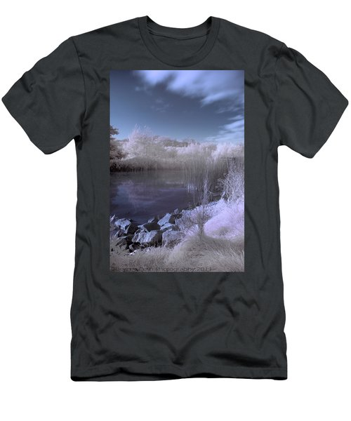 Infrared Pond Men's T-Shirt (Athletic Fit)