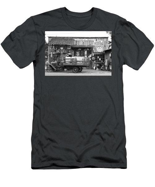 1930's Gas Station Men's T-Shirt (Athletic Fit)