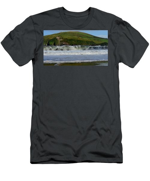 Beenbane Beach Men's T-Shirt (Athletic Fit)