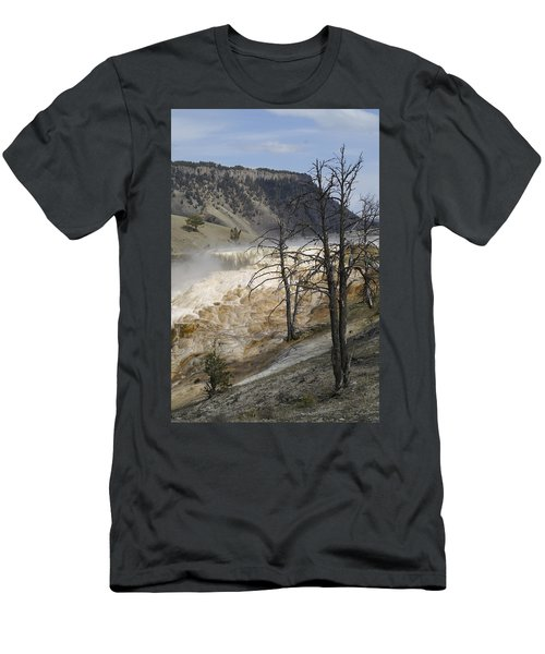 Yellowstone Nat'l Park Men's T-Shirt (Athletic Fit)