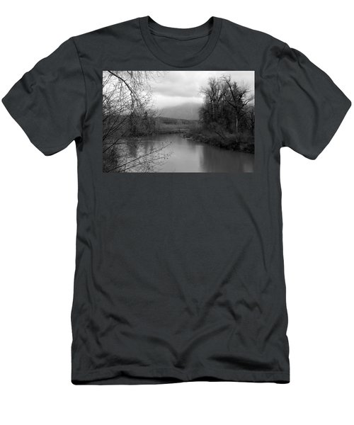 At The River Turn Bw Men's T-Shirt (Athletic Fit)
