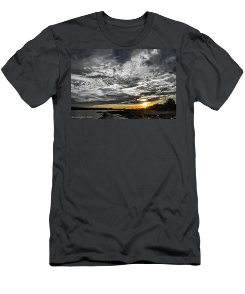 Beautiful Days End Men's T-Shirt (Athletic Fit)