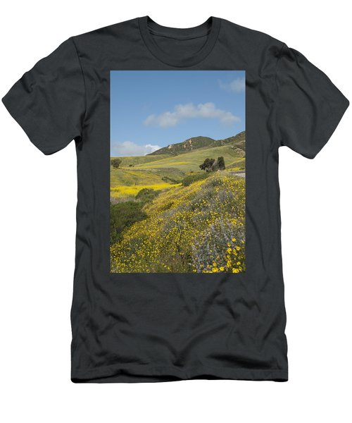 California Hillside View I Men's T-Shirt (Athletic Fit)