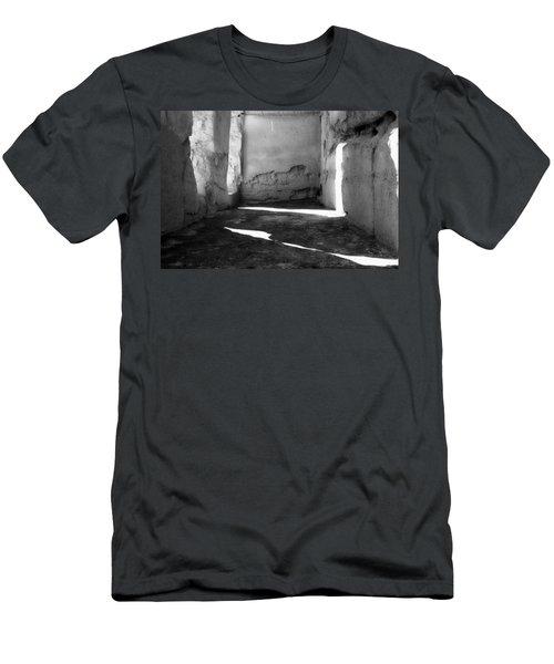 Casa Grande Ruin  Men's T-Shirt (Athletic Fit)