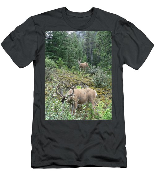 Elegant Elk Men's T-Shirt (Athletic Fit)