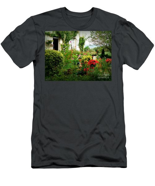 French Cottage Garden Men's T-Shirt (Athletic Fit)