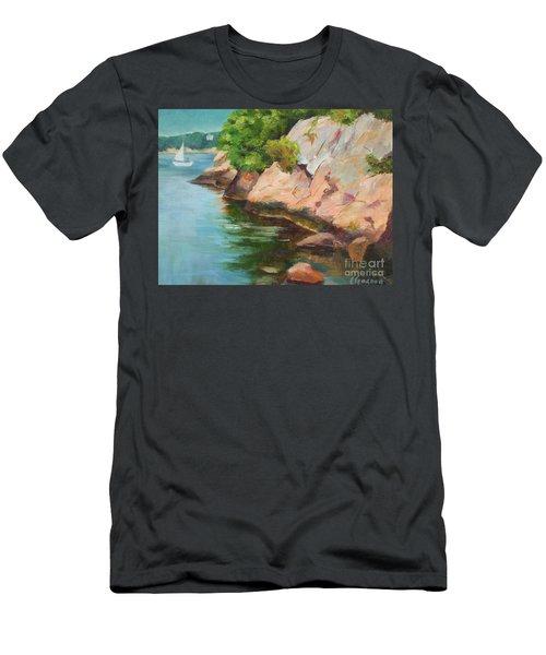 Gloucester Sail Boat Men's T-Shirt (Athletic Fit)