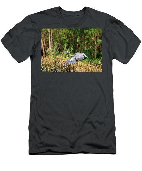 Heron Flying Along The River Bank Men's T-Shirt (Athletic Fit)