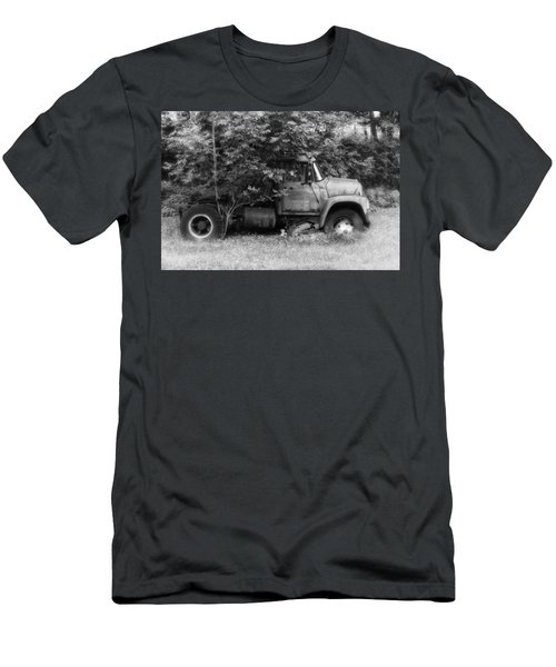 International Tree Planter Men's T-Shirt (Athletic Fit)