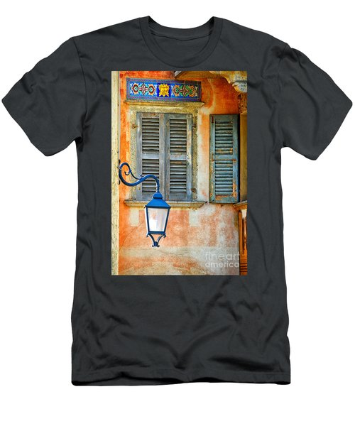 Italian Street Lamp With Window And Decorated Wall Men's T-Shirt (Athletic Fit)